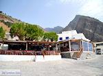 Terrasjes aan het haventje van Agia Roumeli | Chania Kreta | Griekenland - Foto van De Griekse Gids