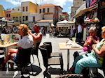 Heerlijk terras op de Venizelou plein  | Chania stad | Kreta - Foto van De Griekse Gids