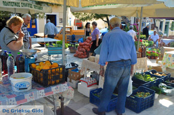 Markt Potamos Kythira | Griekenland | De Griekse Gids foto 8 - Foto van https://www.grieksegids.nl/fotos/eiland-kythira/potamos/normaal/potamos-kythira-031.jpg