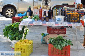 Markt Potamos Kythira | Griekenland | De Griekse Gids foto 20 - Foto van https://www.grieksegids.nl/fotos/eiland-kythira/potamos/normaal/potamos-kythira-043.jpg