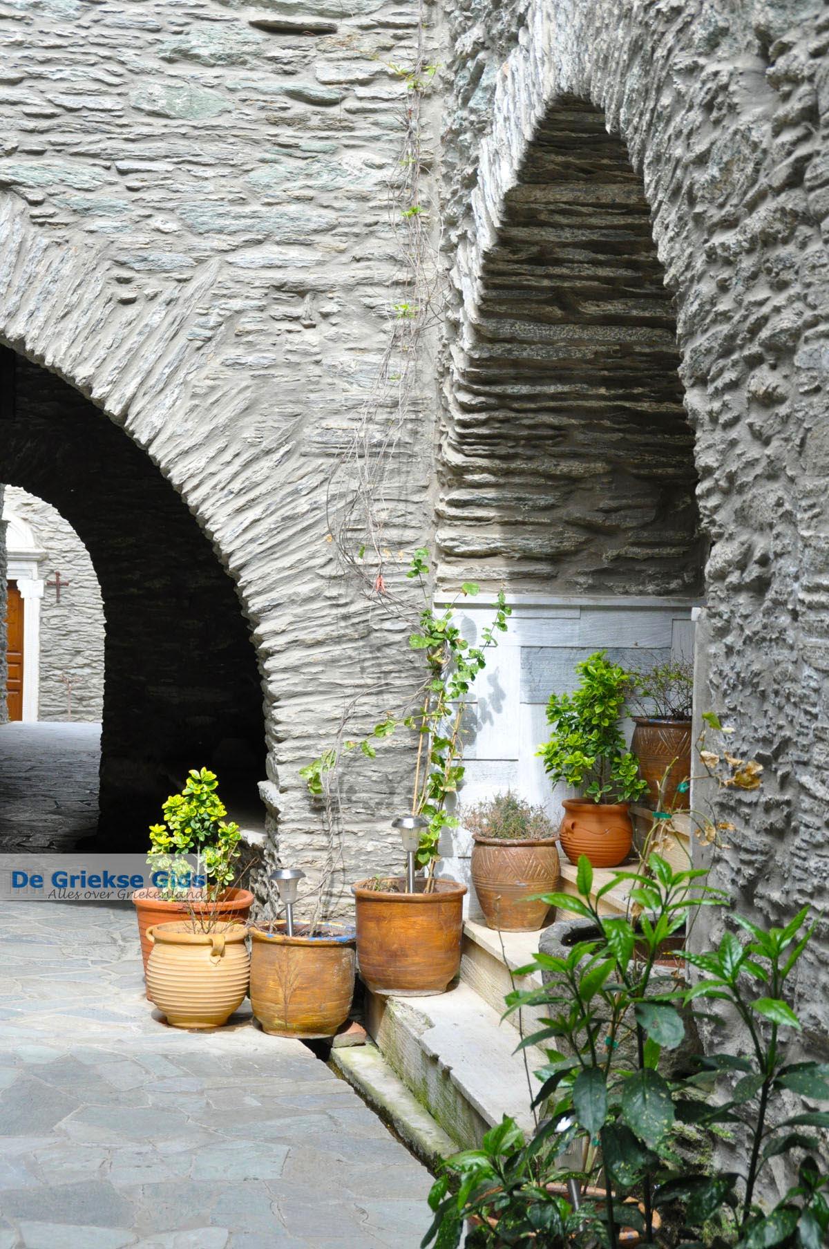 foto Panachrantou Klooster   Eiland Andros   De Griekse Gids   Foto 23