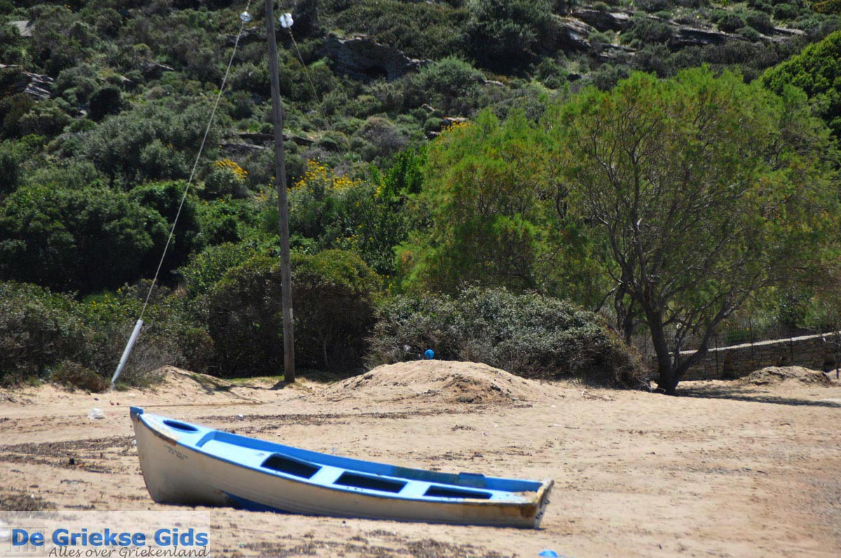 foto Strand Fellos bij Gavrio | Eiland Andros | De Griekse Gids | Foto 5