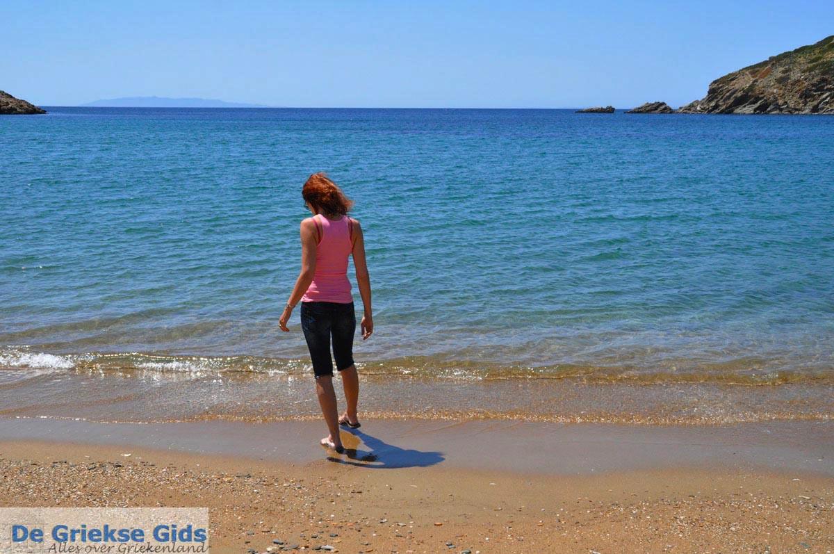 foto Strand Fellos bij Gavrio | Eiland Andros | De Griekse Gids | Foto 8