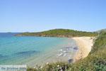 Strand Kypri (Golden Beach) bij Batsi | Eiland Andros | De Griekse Gids foto 006 - Foto van De Griekse Gids