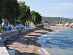 Taverna's aan strand Katarraktis - Eiland Chios - Foto van De Griekse Gids