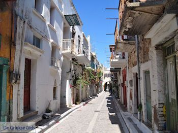 Straatje in Pyrgi - Eiland Chios - Foto van https://www.grieksegids.nl/fotos/eilandchios/350pixels/eiland-chios-foto-129.jpg