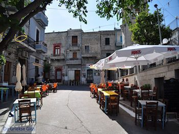 Pyrgi centrum - Eiland Chios - Foto van https://www.grieksegids.nl/fotos/eilandchios/350pixels/eiland-chios-foto-140.jpg