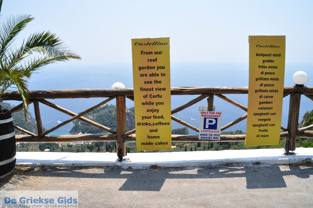 foto Het dorpje Lakones bij Paleokastritsa Corfu   De Griekse Gids - foto 3