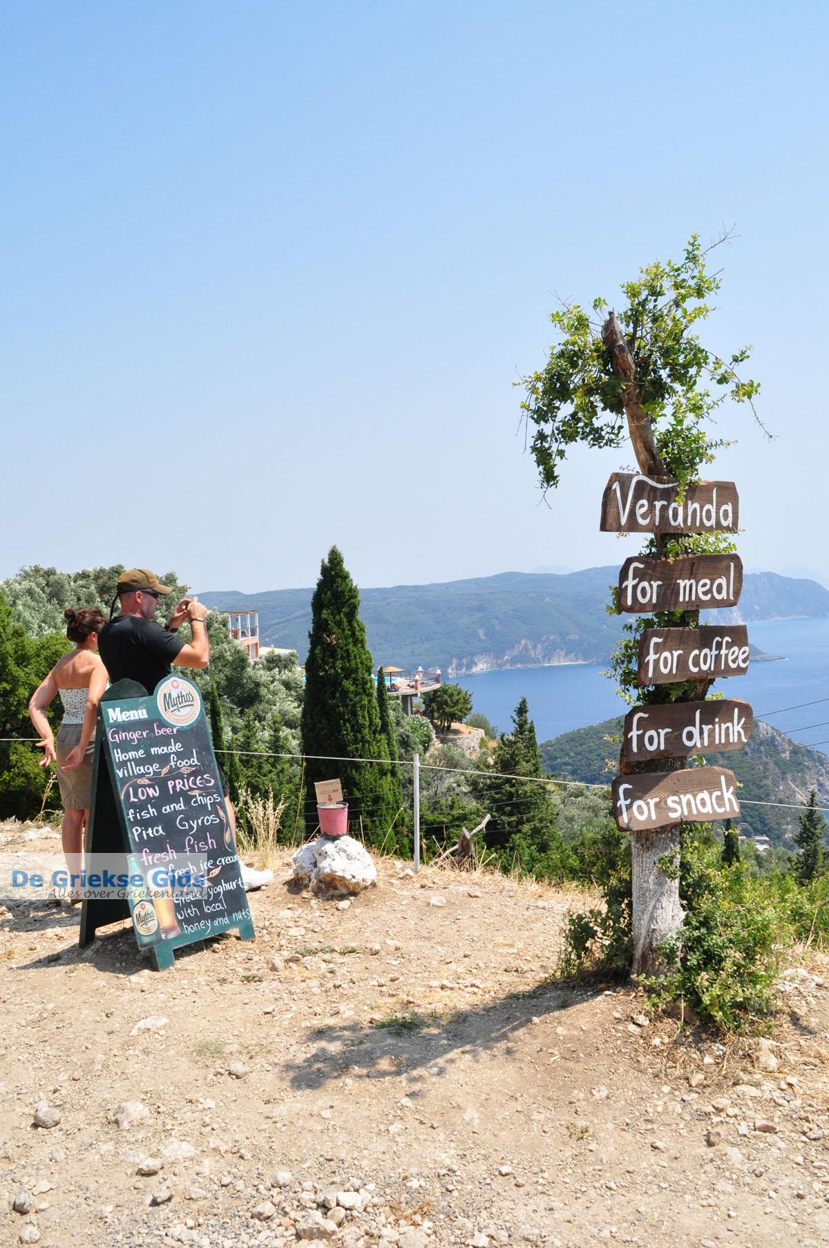 foto Het dorpje Lakones bij Paleokastritsa Corfu | Griekenland 11