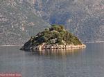 Eilandje in de baai van Molos - Ithaki - Ithaca - Foto 010 - Foto van De Griekse Gids