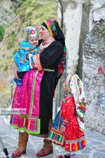 Traditionele klederdracht Olympos Karpathos | De Griekse Gids foto 010