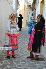 Traditionele klederdracht Olympos Karpathos | De Griekse Gids foto 011 - Foto van De Griekse Gids