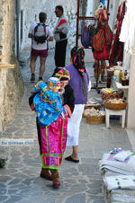 Traditionele klederdracht Olympos Karpathos | De Griekse Gids foto 020 - Foto van De Griekse Gids