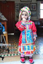 Anna, de dochter van Marina Lentaki van Taverna Olympos op Karpathos 2 - Foto van De Griekse Gids