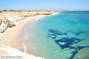 Michaliou Kipos beach | Karpathos stranden | De Griekse Gids foto 005 - Foto van De Griekse Gids