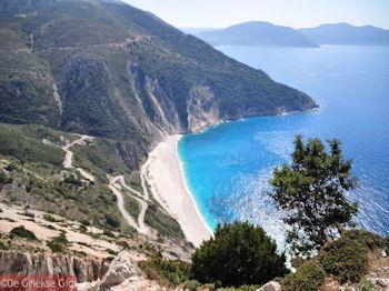 Myrtos strand - Kefalonia - Foto 150 - Foto van https://www.grieksegids.nl/fotos/eilandkefalonia/Eiland-Kefalonia-150-mid.jpg