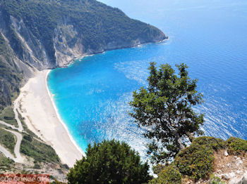 Myrtos strand - Kefalonia - Foto 151 - Foto van https://www.grieksegids.nl/fotos/eilandkefalonia/Eiland-Kefalonia-151-mid.jpg