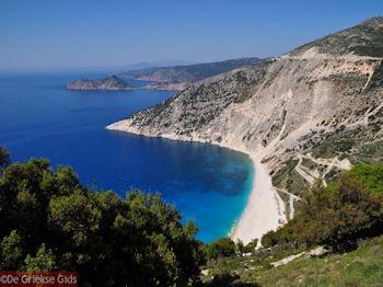 Myrtos strand - Kefalonia - Foto 153 - Foto van https://www.grieksegids.nl/fotos/eilandkefalonia/Eiland-Kefalonia-153-mid.jpg