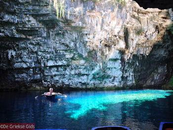 Melissani grot - Kefalonia - Foto 205 - Foto van De Griekse Gids