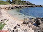 Strand bij vuurtoren Agioi Theodoroi - Kefalonia - Foto 298 - Foto van De Griekse Gids