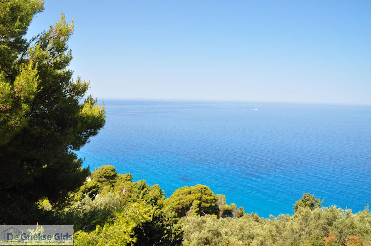foto De blauwe zee bij Egremni en Athani - Lefkas (Lefkada)