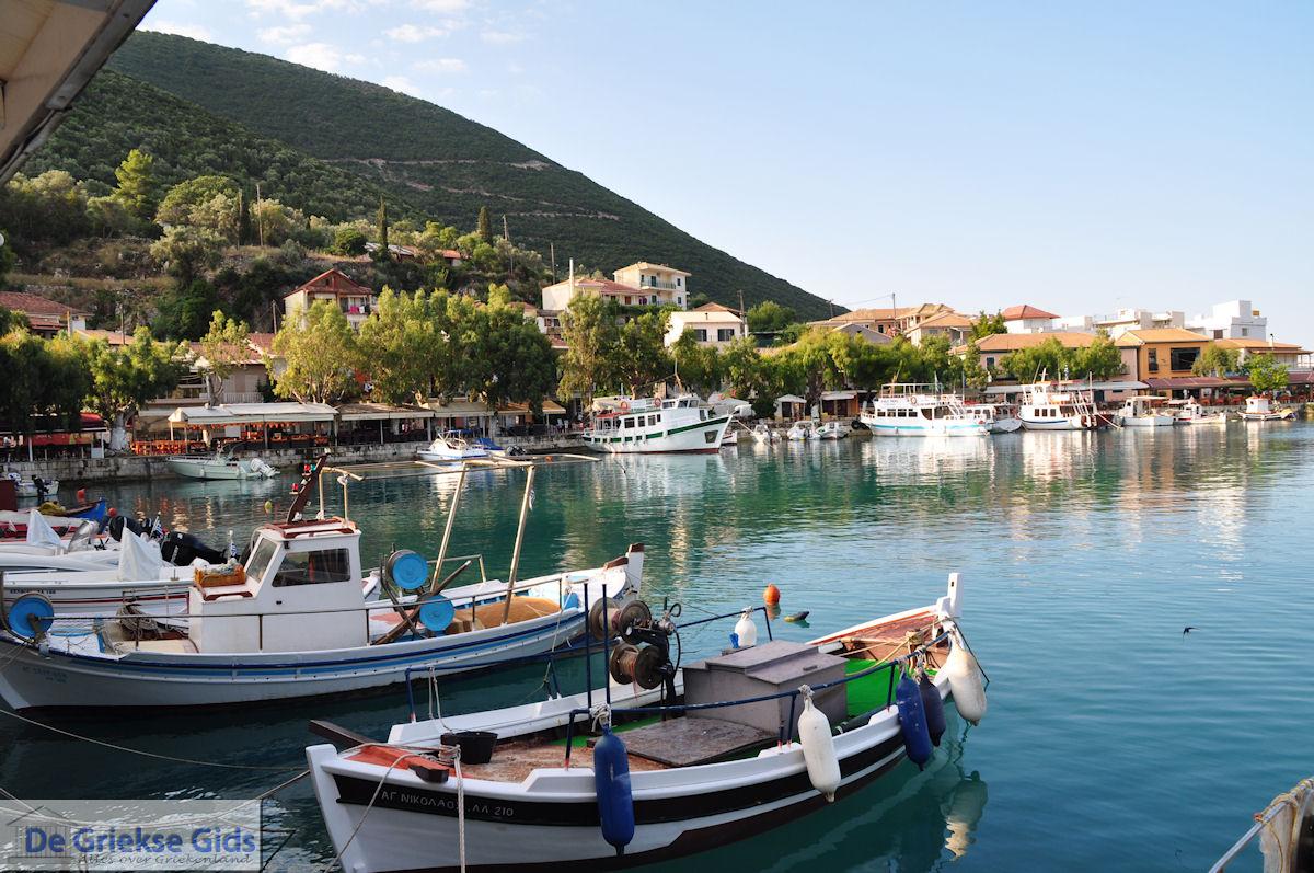 foto Het kustplaatsje Vassiliki (Vasiliki) foto 5 - Lefkas (Lefkada)