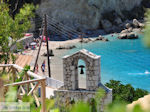 Klokketoren Agios Nikitas aan zee - Lefkas (Lefkada) - Foto van De Griekse Gids