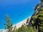 steile rotsen aan het strand van Egremni - Lefkas (Lefkada) - Foto van De Griekse Gids