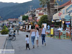 Wandeling aan de boulevard van Nidri (Nydri) - Lefkas (Lefkada) - Foto van De Griekse Gids