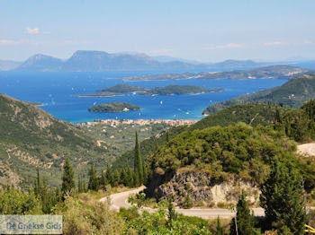 Nidri en eilandjes bij Lefkas (Lefkada) - Foto van De Griekse Gids