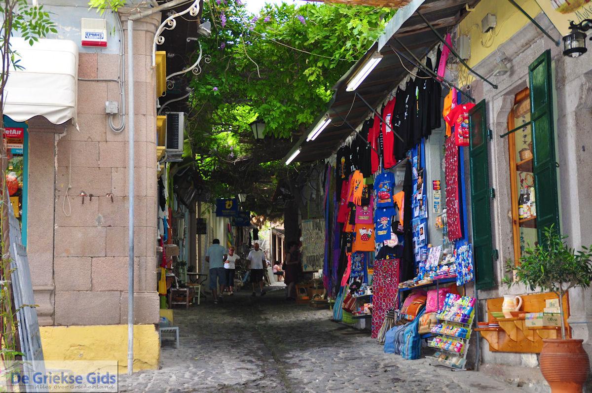 foto De smalle straatjes en steegjes van Molyvos foto 6