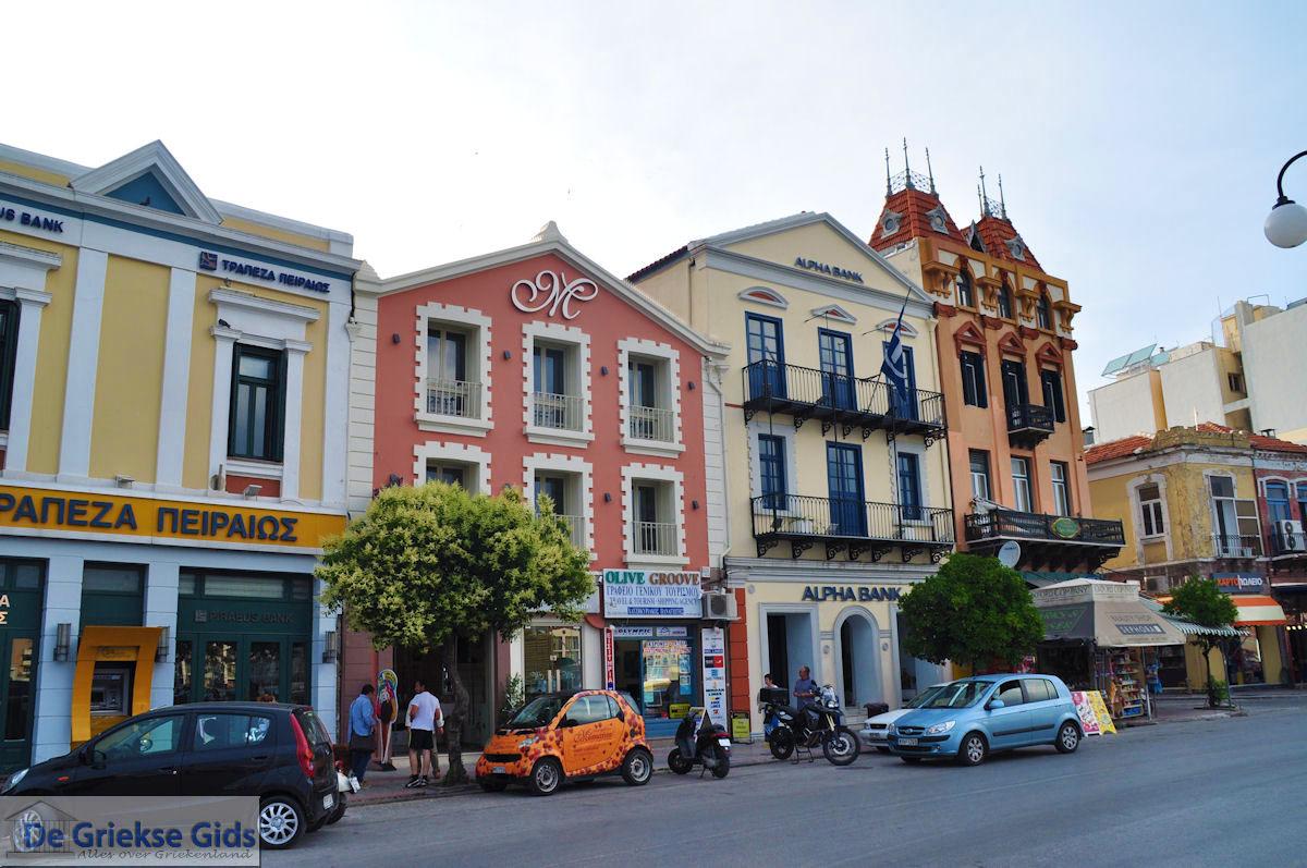 foto Mooie gebouwen aan de haven van Mytilini