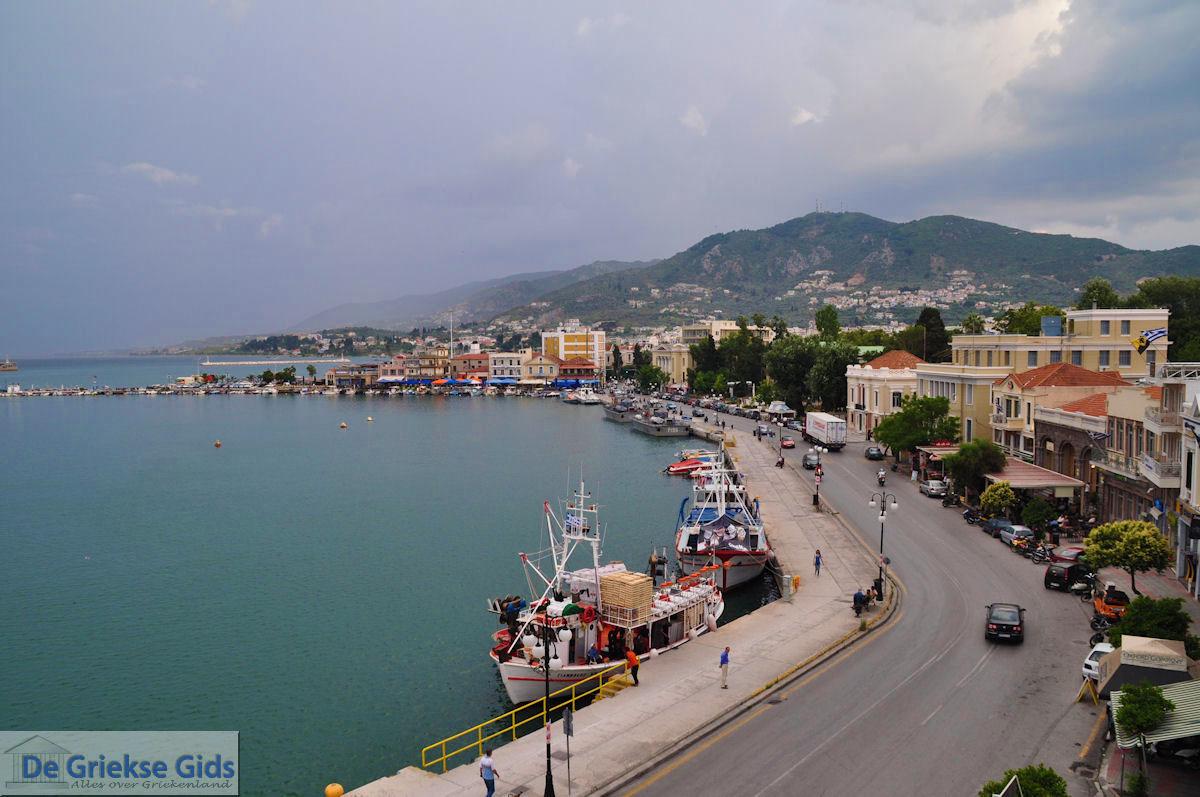 foto Uitzicht op haven Mytilini, de zuidelijke oever foto 2