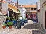 Restaurant in steegje Skala Eressos - Foto van De Griekse Gids