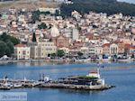 Mytilini gezien vanaf de boot Theofilos foto 1 - Foto van De Griekse Gids