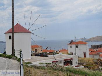 Windmolen Sigri - Foto van https://www.grieksegids.nl/fotos/eilandlesbos/350pixels/eiland-lesbos-foto-118.jpg