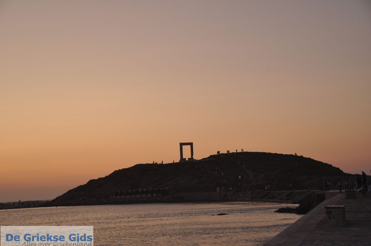 foto Naxos stad   Eiland Naxos   Griekenland   foto 12