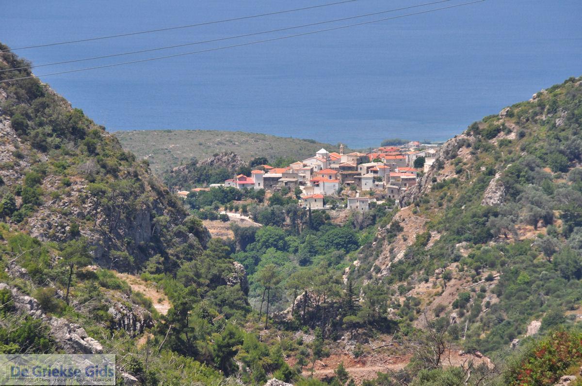 foto Karlovassi vanaf de bergen gezien - Eiland Samos