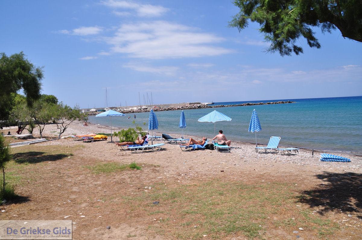 foto Strand Karlovassi aan de jachthaven - Eiland Samos