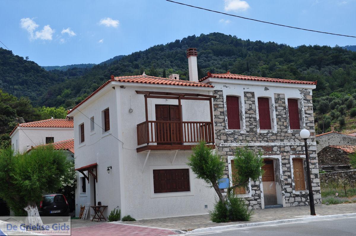 foto Mooie gebouwen aan de kust bij Agios Konstandinos - Eiland Samos