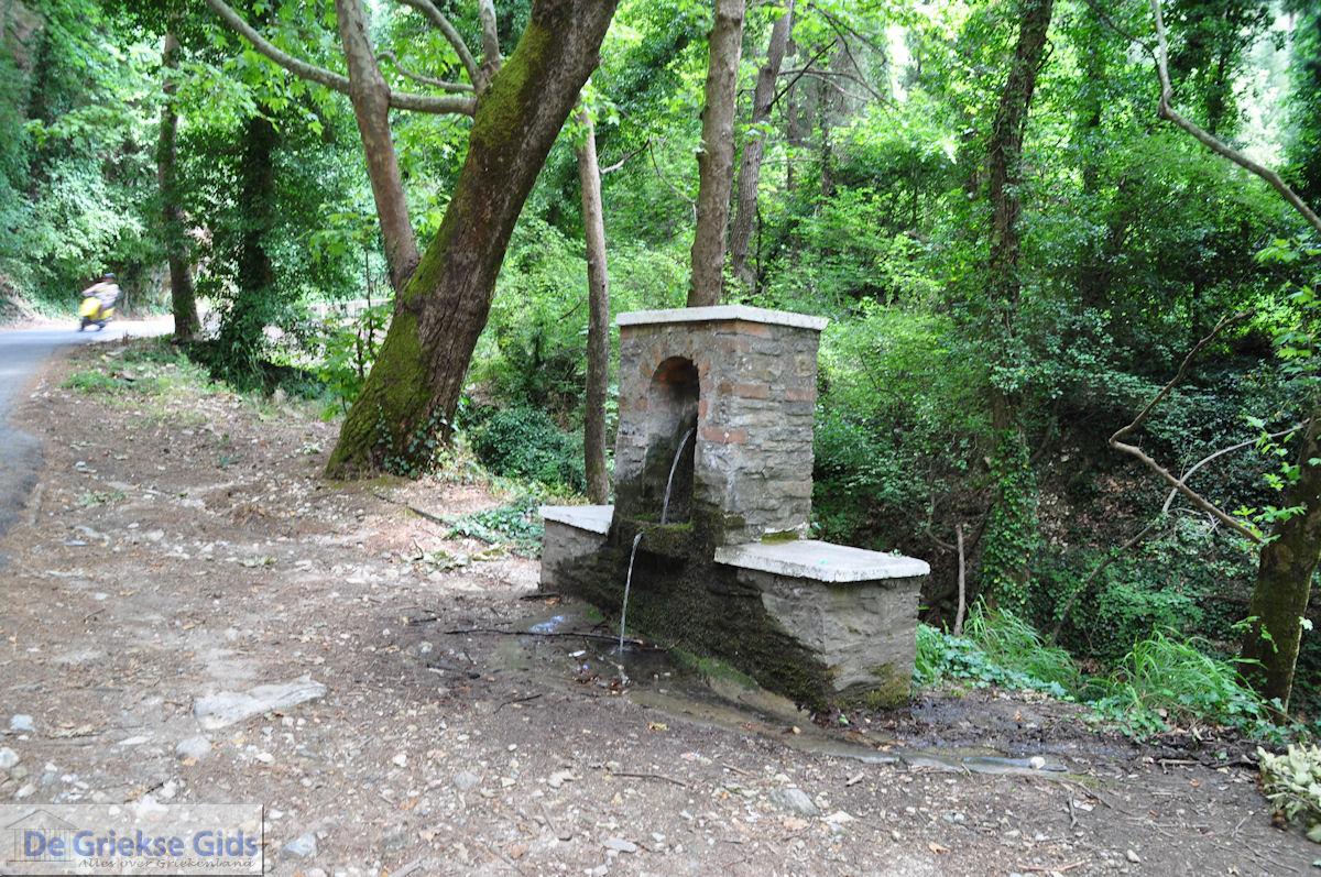foto Waterbron in de vallei der nachtegalen bij Manolates - Eiland Samos