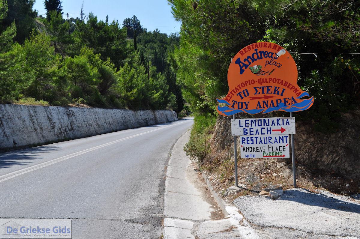 foto Aan de provinciale weg in Lemonakia bij Kokkari- Eiland Samos