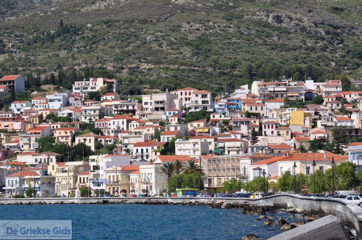 foto Huizen aan de berghellingen bij Samos stad - Eiland Samos