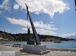 Pythagoras monument aan de haven van Pythagorion - Eiland Samos - Foto van De Griekse Gids