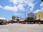 Het gezellige dorpsplein van Heraion (Ireon) - Eiland Samos - Foto van De Griekse Gids