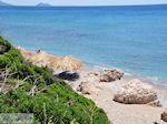 Votsalakia (Kampos) strand, in de verte Samiopoula-eiland - Eiland Samos - Foto van De Griekse Gids