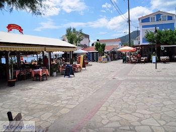 Heraion dorpsplein - Eiland Samos - Foto van https://www.grieksegids.nl/fotos/eilandsamos/350pixels/eiland-samos-foto-042.jpg