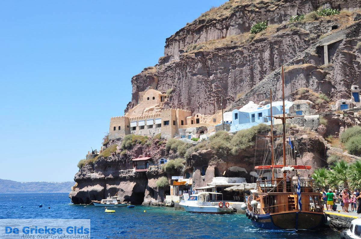 foto Oude haven Fira Santorini | Cycladen Griekenland 5