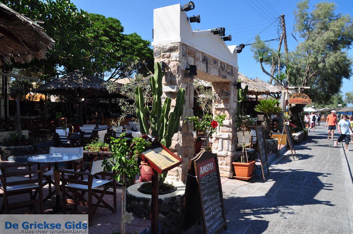 foto Kamari Santorini   Cycladen Griekenland   De Griekse Gids foto 4