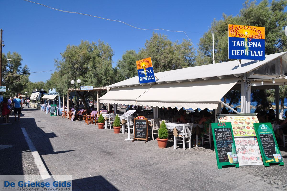 foto Kamari Santorini | Cycladen Griekenland | De Griekse Gids foto 6
